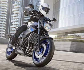Équipez votre Yamaha en Michelin Pilot Power 2 CT ou Pilot Road 3