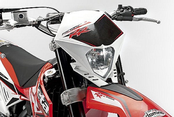 Alexis-Motos concessionnaire BETA 50cc !!!!